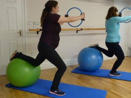ante pilates stand ball rotate